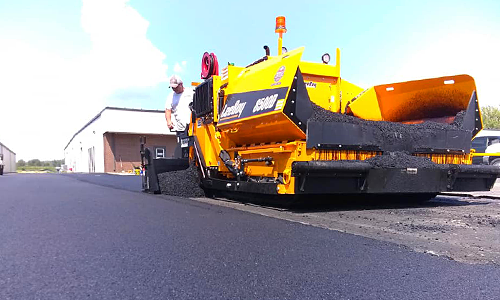 Our blacktop paving can provide you with a high quality asphalt paving solution.