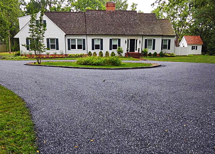 Custom gravel driveway in Easton, MD.
