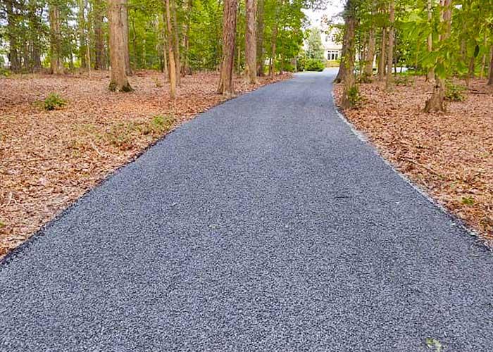 Custom gravel driveway in Easton, MD.